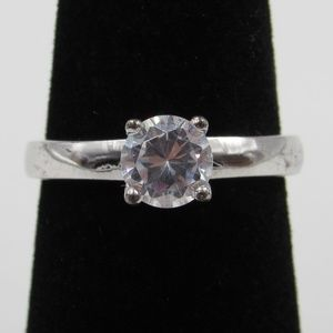 Vintage Size 6 Sterling Rustic Simple CZ Ring